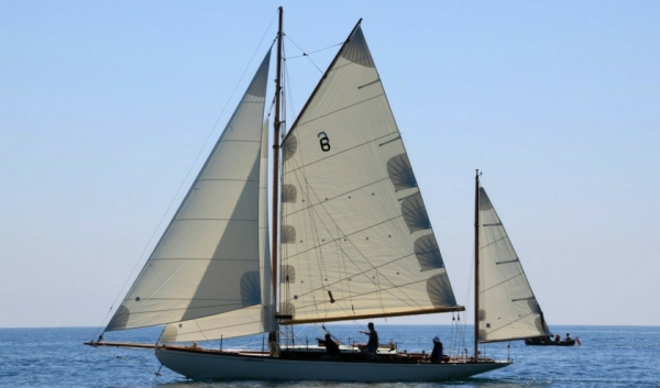Classic Yacht Sailing Experience